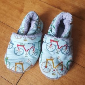 Other - Bicycle fleece lined infant slippers